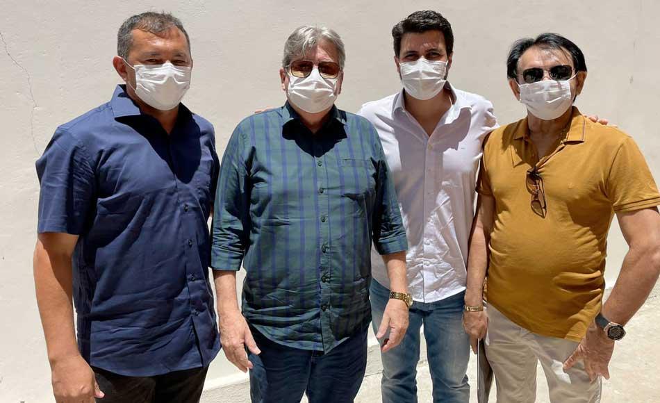 Prefeito Doca Lima reforça ofício ao governador solicitando pavimentação asfáltica
